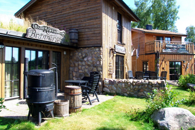 Stay in the pirate village at Daftö Camping Resort